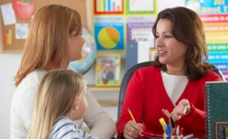 Importancia de la comunicación entre docentes y padres de familia