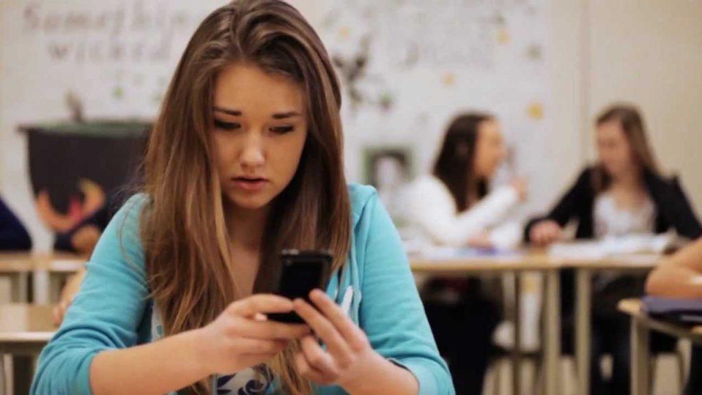 Adolescente esta sufriendo acoso cibernetico